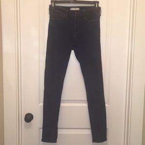 Abercrombie & Fitch Dark Wash Skinny Jeans 29 X 31